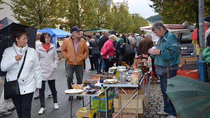 Vogtlandspiegel: Greizer trotzen dem Wetter und feiern ihr Neustadtfest